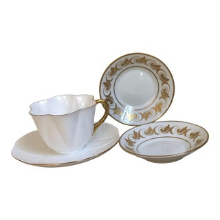 Richard Ginori and Shelley Regency Plates & Teacup, 4 Pieces For Sale