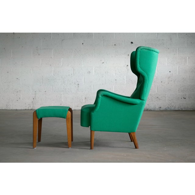 Fritz Hansen 1950s Danish Wingback Chair Model 8023 With Ottoman For Sale In New York - Image 6 of 12