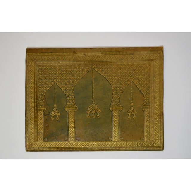 Boho Chic Early 20th Century Antique Green Leather Portfolio For Sale - Image 3 of 6