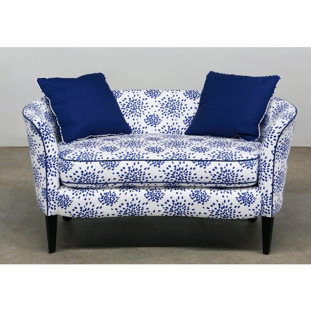 2010s Modern Blue & White Custom Made Settee For Sale - Image 5 of 5
