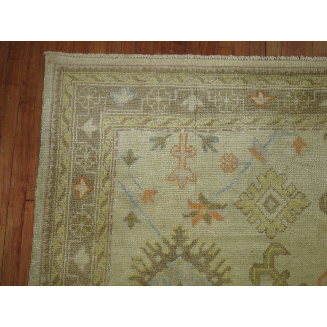 Abstract Square Antique Ivory Field Oushak Rug, 7'5'' X 9' For Sale - Image 3 of 9