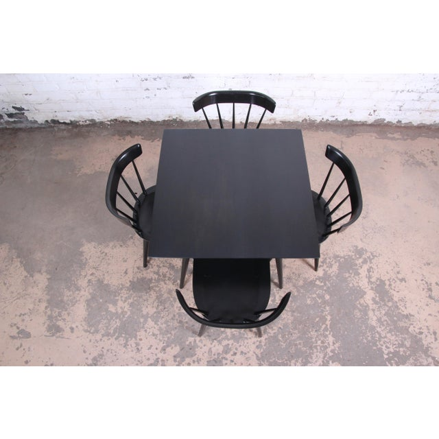 1950s Paul McCobb Planner Group Ebonized Dinette Set, Newly Restored For Sale - Image 5 of 13