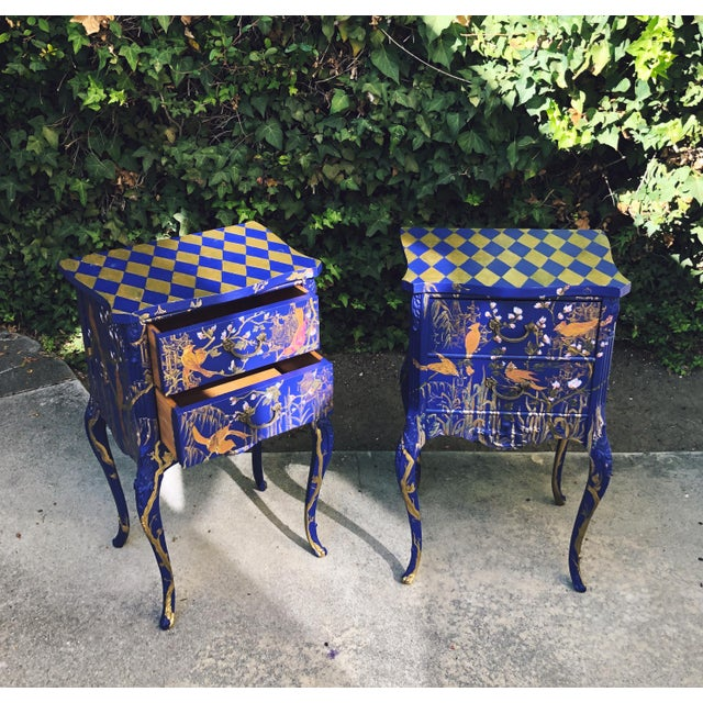 Blue 1930s Hand Painted Chinoiserie Nightstands with Birds - a Pair For Sale - Image 8 of 13