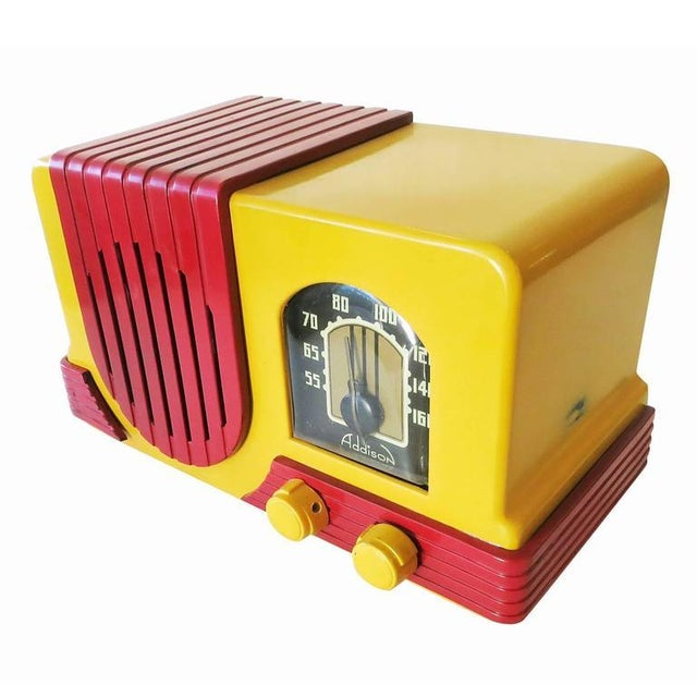 """Art Deco Addison Model Two """"Waterfall"""" Red and Mustard Catalin Tube Radio For Sale - Image 3 of 7"""