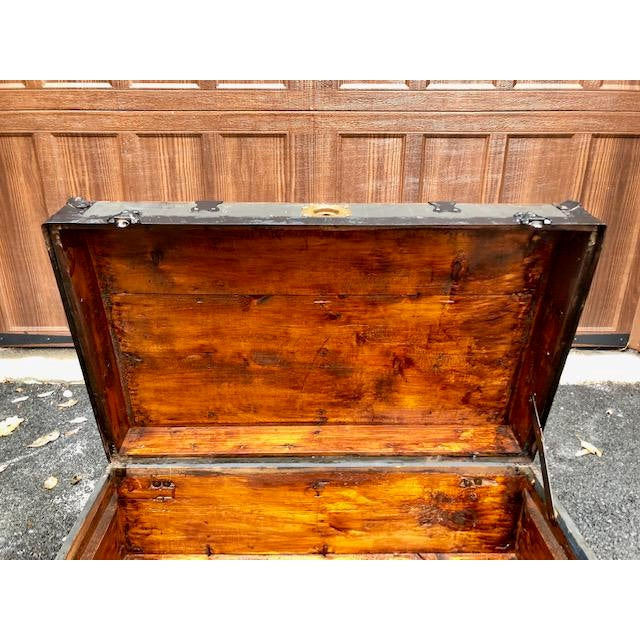 19th Century American Classical Customized Travel Trunk For Sale - Image 10 of 12