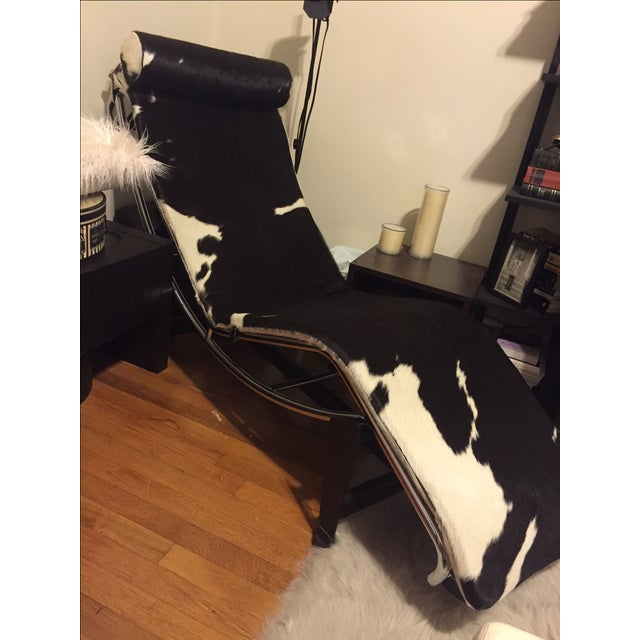 Le Corbusier Style LC4 Cowhide Chaise - Image 4 of 4