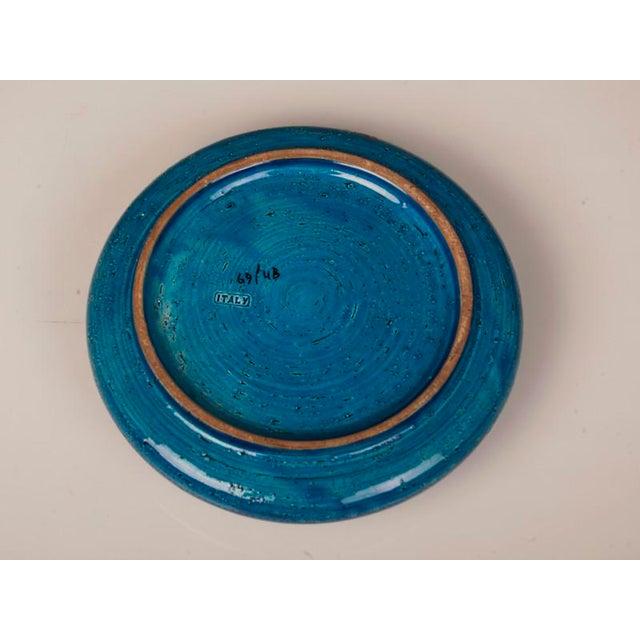 1960s Large Italian Bitossi Turquoise Glazed Patterned Bowl circa 1965 For Sale - Image 5 of 10