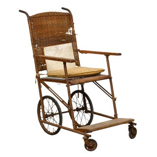 Early 20th Century Antique Oak and Wicker Wheelchair For Sale