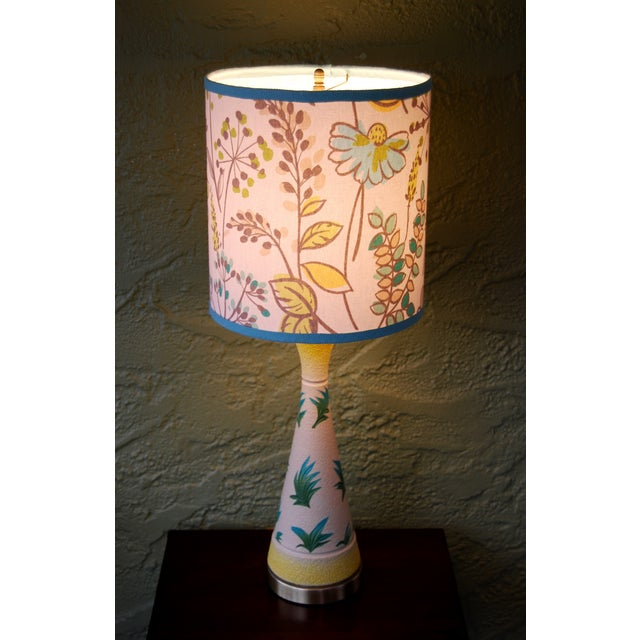 Vintage f.a.i.p. Tropical Chalkware Lamp W/ Custom Shade - Image 11 of 11