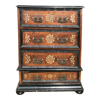 18th Century Portuguese Baroque Style Walnut Chest of Drawers For Sale