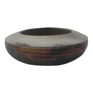 1980s Hand-Thrown Spiral Design Studio Ceramic Vase For Sale