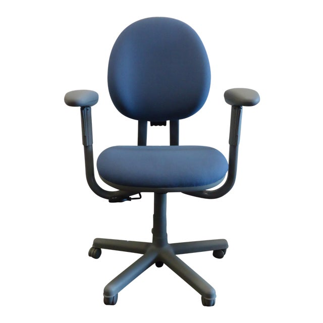 Modern Steelcase Criterion Blue Ergonomic Office Desk Chair For Sale