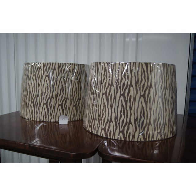 Modern Brown & Cream Patterned Lamp Shades - Image 4 of 4