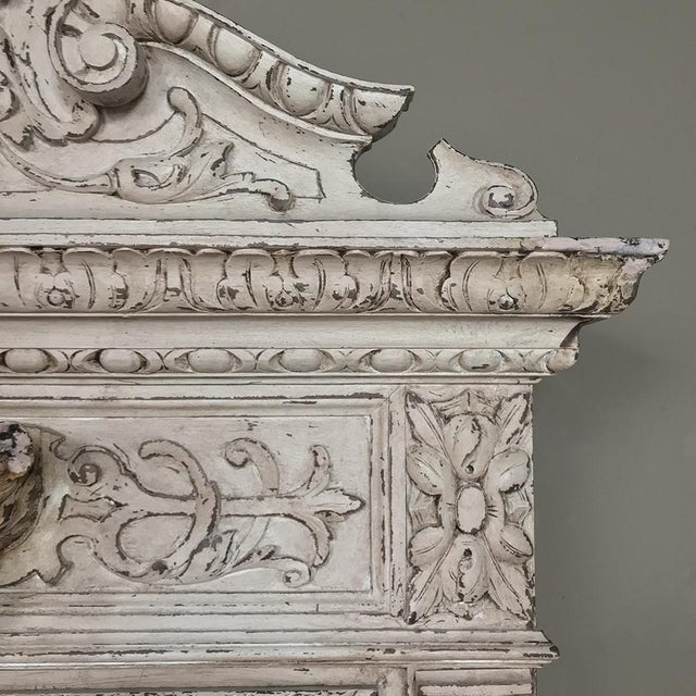 19th Century French Renaissance Painted Hunt Bookcase Buffet a Deux Corps For Sale In Dallas - Image 6 of 12