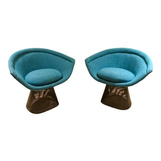 Warren Platner Inviting Teal Blue & Bronze Steel Iconic Knoll Lounge Chairs 1966 For Sale