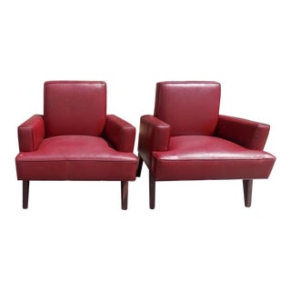 1950's Mid-Century Modern Lounge Chairs from the Raleigh Hotel Miami Beach - a Pair For Sale