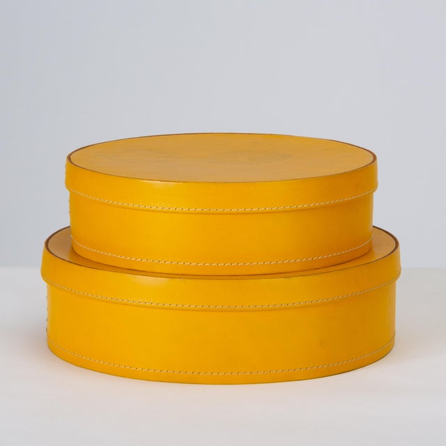 Contemporary Round Leather Nesting Boxes by Arte Cuoio & Triangolo - A Pair For Sale - Image 3 of 13
