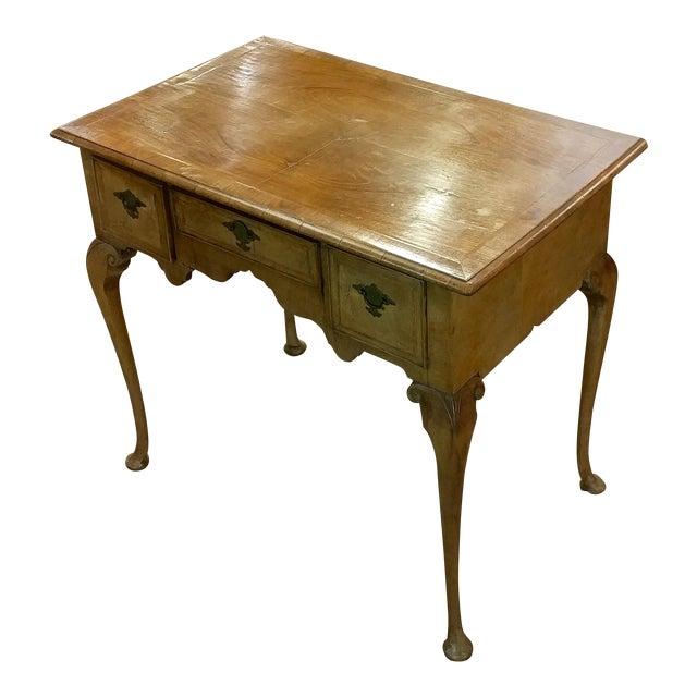 Queen Anne Desk >> 18th Century Queen Anne Desk