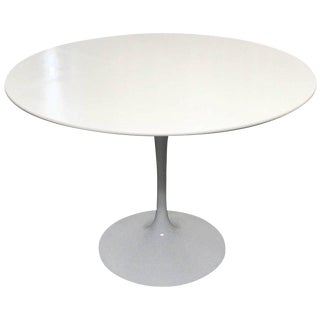 Eero Saarinen for Knoll International Tulip Dining Table, Newer For Sale
