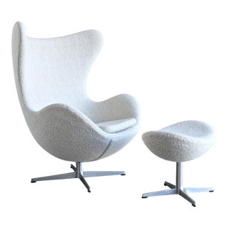 1960s Vintage Arne Jacobsen Egg Chair and Ottoman for Fritz Hansen For Sale
