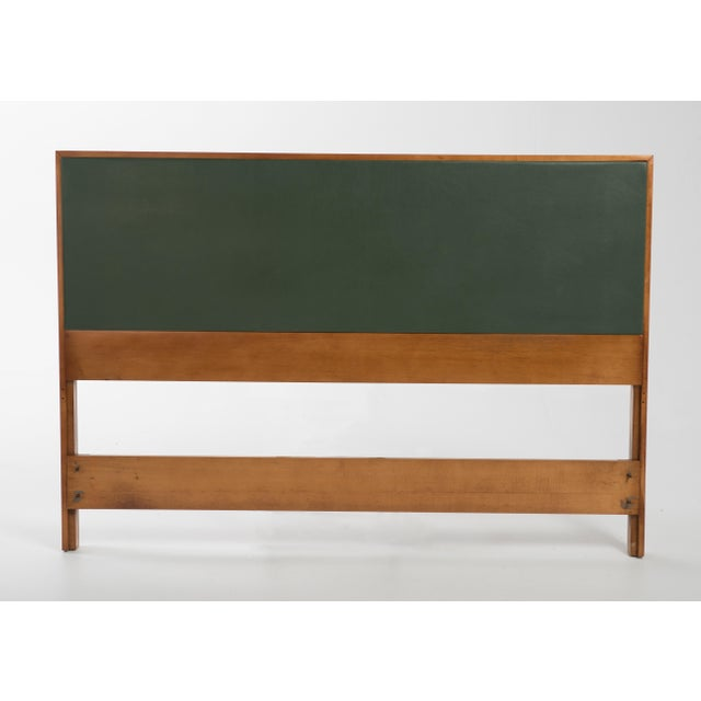 190s Mid-Century Modern Paul McCobb for Winchendon Planner Group Full Size Headboard For Sale - Image 9 of 9
