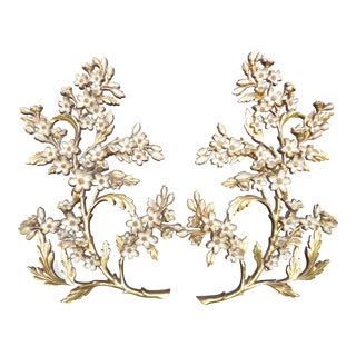 Vintage Syroco French Provincial Syroco Gold Wall Floral Plaques - a Pair For Sale
