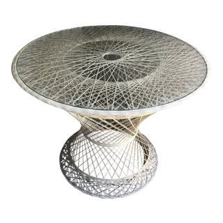 Mid-Century Modern Russell Woodard Spun Fiberglass Round Patio Table With Glass Top For Sale