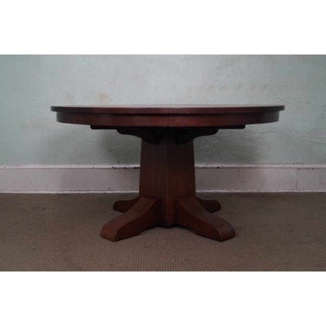 Mission Antique Gustav Stickley Round Mission Oak Dining Table & 6 Leaves For Sale - Image 3 of 10