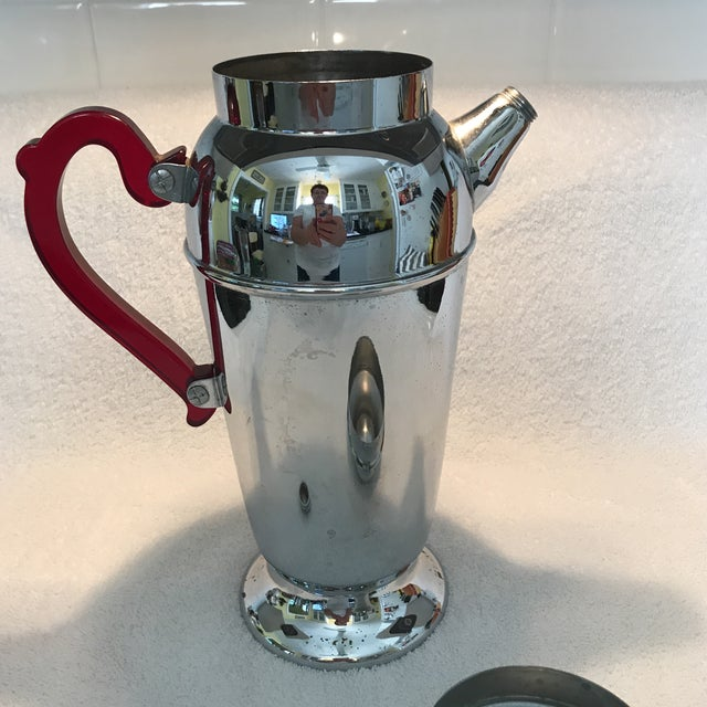 Chrome Vintage Chrome Cocktail Shaker For Sale - Image 7 of 10