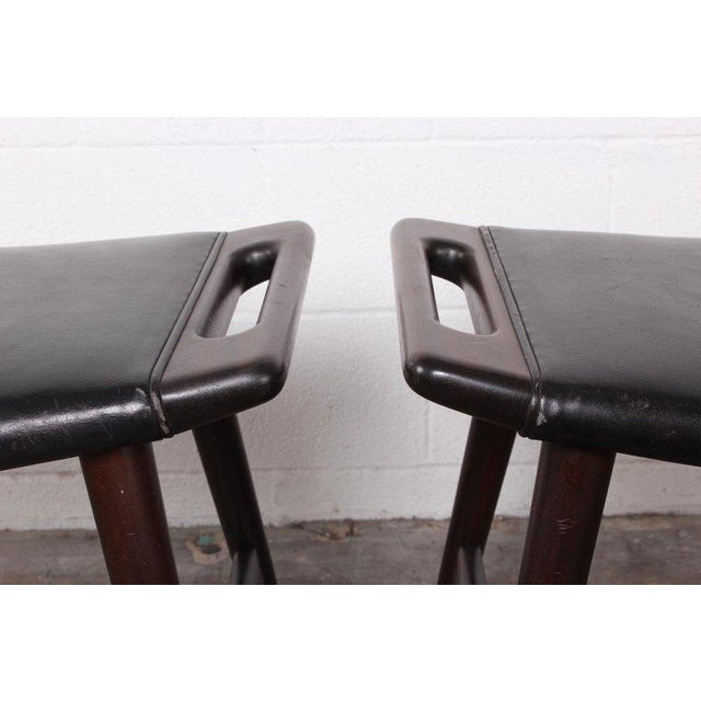 1950s Pair of Ap-30 Piano Stools by Hans Wegner For Sale - Image 5 of 13