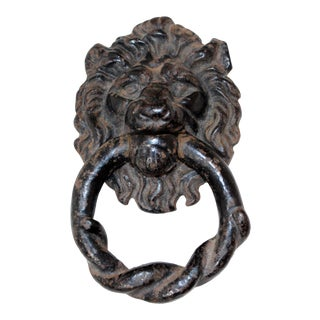 Late 19th Century English Cast Iron Lion Door Knocker For Sale
