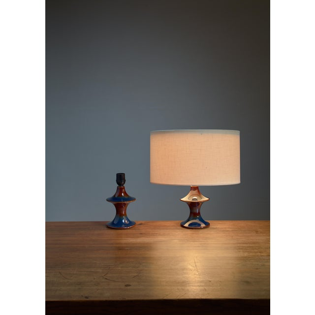 Mid-Century Modern Pair of blue ceramic diabolo shaped table lamps by Soholm, Denmark For Sale - Image 3 of 3