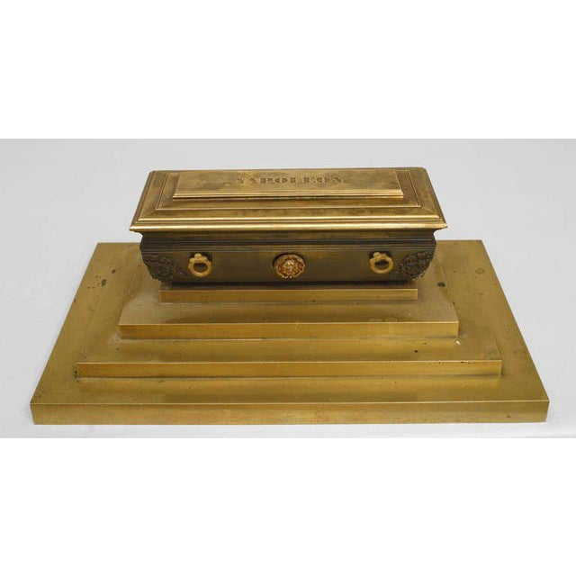 Gold 19th Century French Empire Inkwell in Memoriam of Napoleon I For Sale - Image 8 of 8