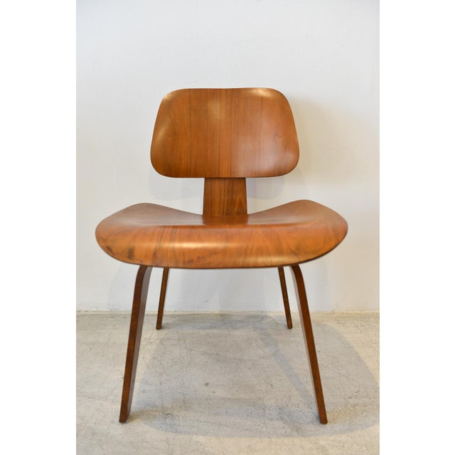 1970s Mid-Century Moderm Eames DCW Molded Plywood Chair For Sale - Image 9 of 9