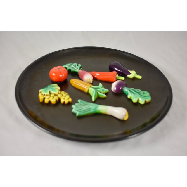 French A.Martin Vallauris French Provençal Palissy Trompe L'oeil Vegetable Wall Plate For Sale - Image 3 of 9