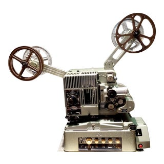 Seimens Studio Movie Film Projector Circa 1958 Rare Original 'Berlin' Green For Sale