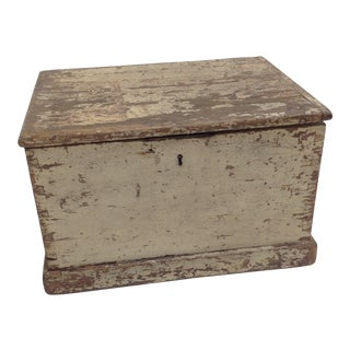 Late 19th Century Antique Painted English Pine Storage Box For Sale