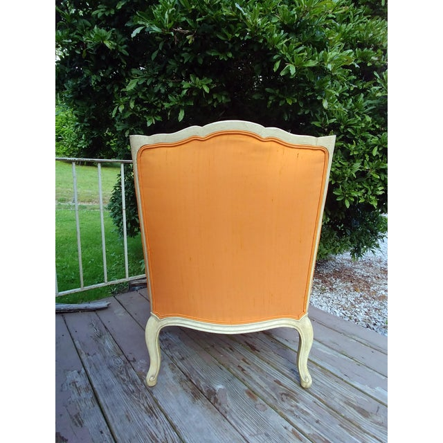 French Henredon White Frame Orange Upholstery Louis XV Down Fill Bergere Chair For Sale - Image 3 of 13