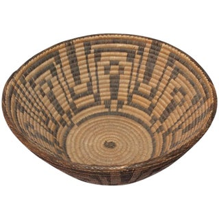 Large 19th Century Geometric Pima Indian Basket For Sale