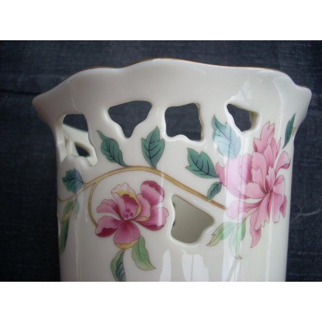 Lenox White Porcelain Vase - Image 4 of 5