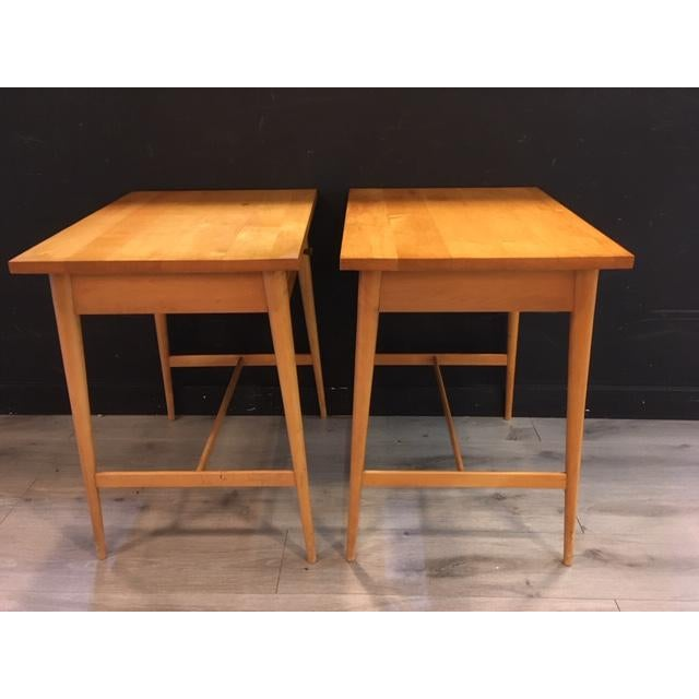 Paul McCobb Planner Group / Winchendon Maple Nightstands For Sale In New York - Image 6 of 9