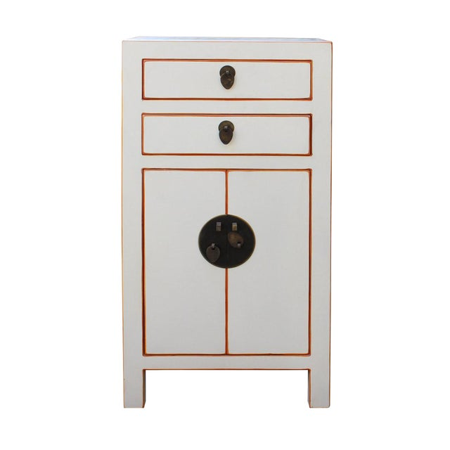 Chinese Off White Lacquer Side End Table Nightstand For Sale