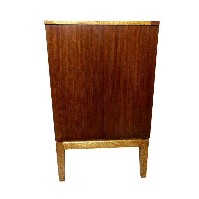 Wood Mid-Century Modern Wood Credenza For Sale - Image 7 of 11
