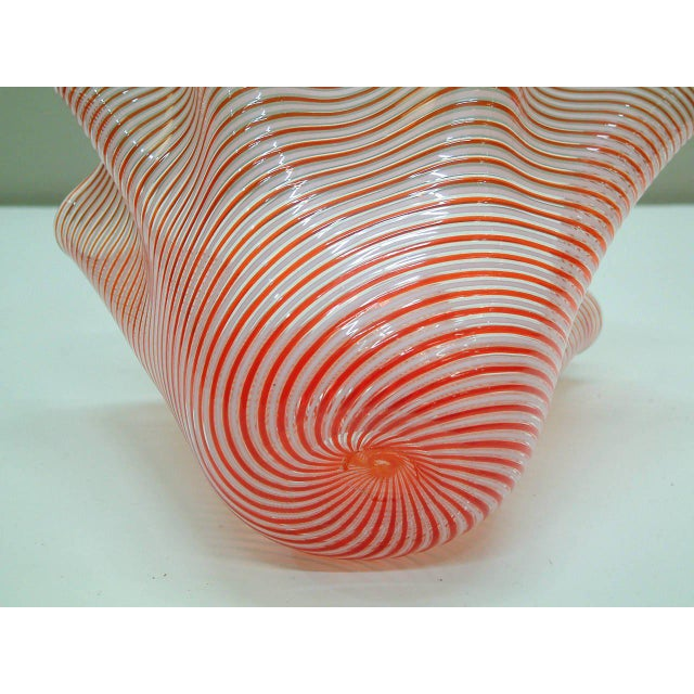 1950s Fratelli Toso Fazzoletto Murano Vase For Sale In Richmond - Image 6 of 8