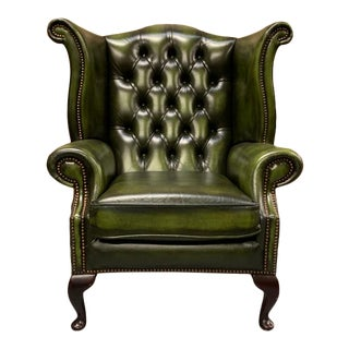 Vintage Mid-Century English Leather Chesterfield Wingback Chair, Green For Sale