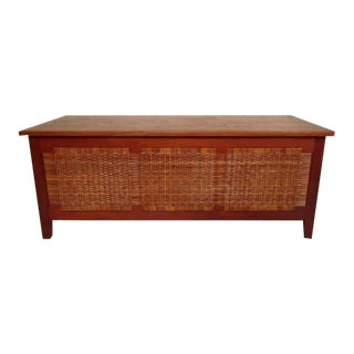 1960s Vintage Modern Wicker Chest For Sale