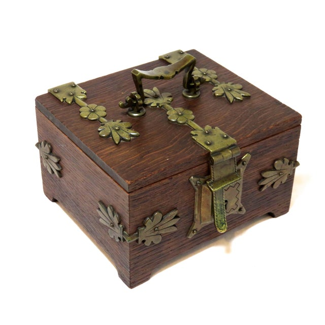 Early 20th Century Antique Arts & Crafts Oak and Bronze Box For Sale - Image 13 of 13