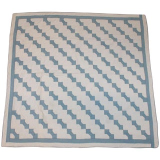 Antique Bow Tie in Blue and White Quilt For Sale