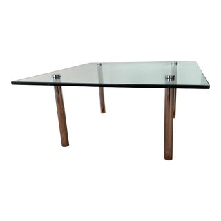 1970's Mid-Century Modern Glass and Chrome Coffee Table For Sale