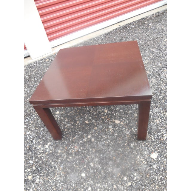 Vintage Henredon Parquet Wood Floating Top Dark Mocha Expresso Coffee / End Table. The table is in very good vintage...